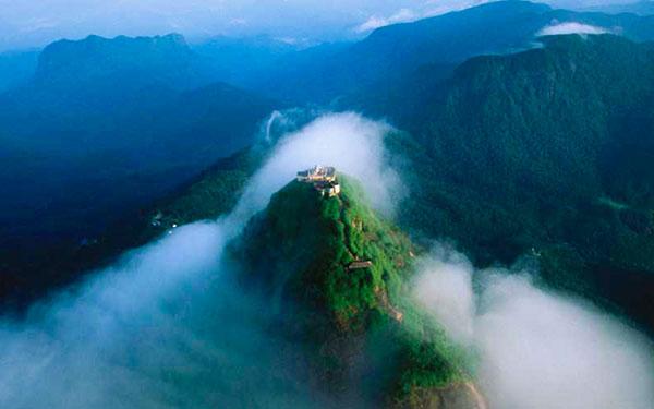 Kandy > Sri Pada (Adam's Peak)